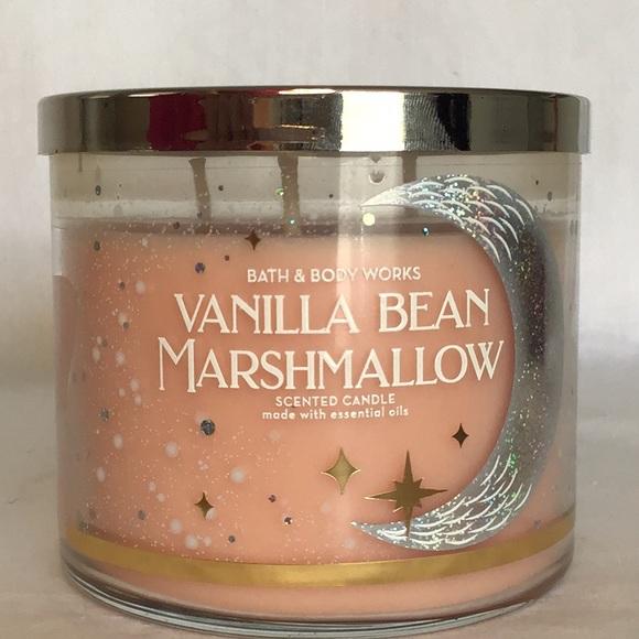 Bath & Body Works Vanilla Bean Marshmallow Candle